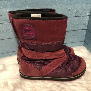 Sorel Glacy burgundy waterproof boots